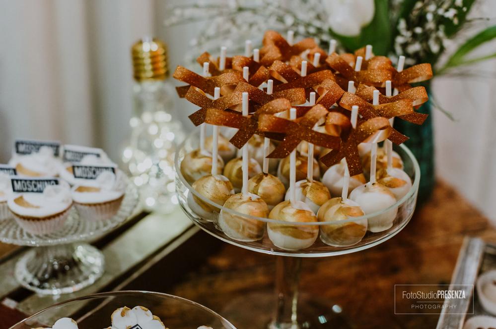 cakepops-e-cupcake-della-sweet-table