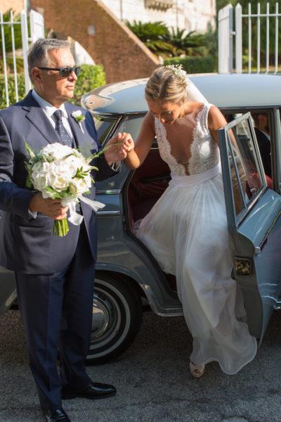 d478a35e4b76 L arrivo della sposa  come entrare in chiesa il giorno del matrimonio