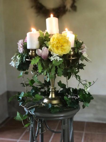 candelabro con fiori